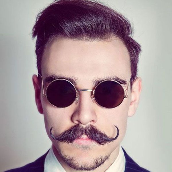 1. Brush-shaped hipster mustache